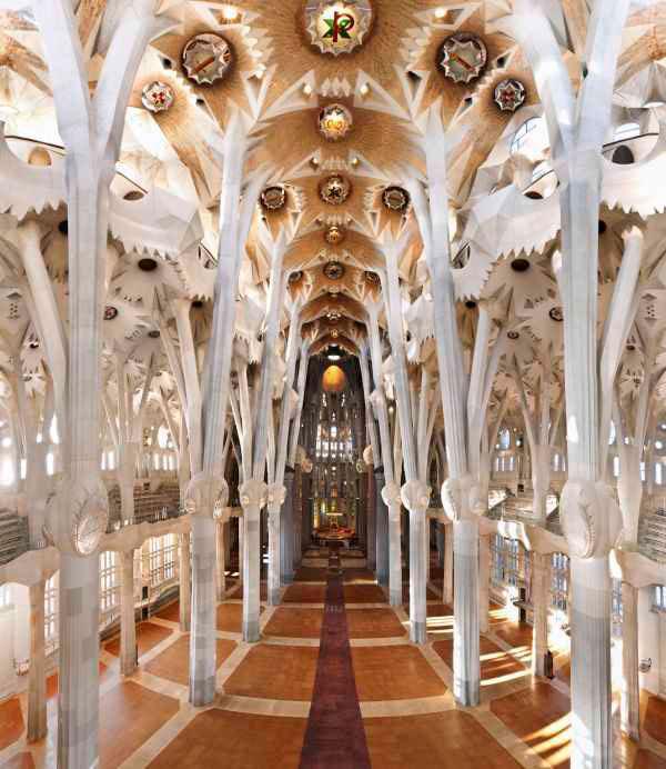 Экскурсия по Барселоне Гауди (фото 1)
