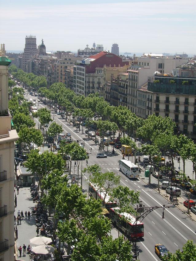 Экскурсия по улице Пассеидж де Грасия (фото 1)