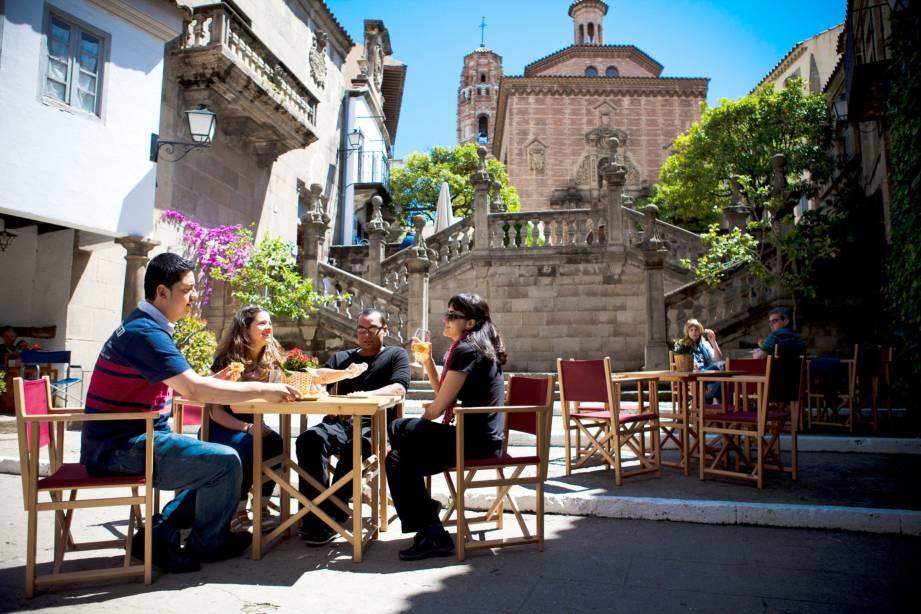 Испанская деревня в Барселоне (фото)