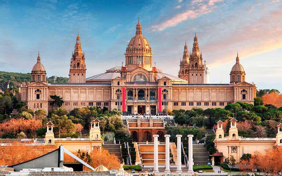 Национальный музей искусства Каталонии (фото)